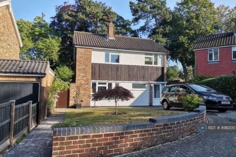 Hill End, Orpington, BR6. 3 bedroom detached house