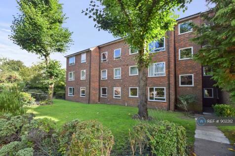 Pines Court, London, SW19. 1 bedroom flat