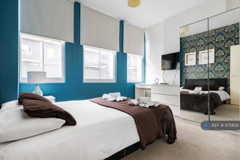 Middlesex Street, London, E1. 3 bedroom flat