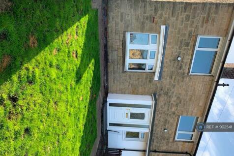 Windsor Gardens, Alnwick, NE66. 3 bedroom semi-detached house