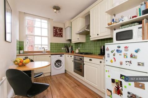 Block M, London, SE5. 1 bedroom flat