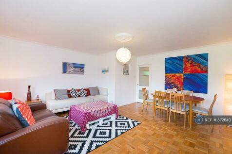 Court Royal, London, SW15. 2 bedroom flat
