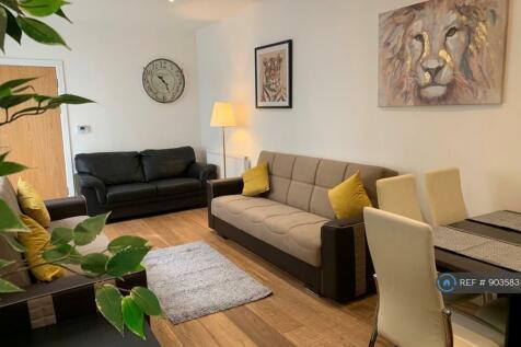 Trafalgar Road, London, SE10. 3 bedroom flat