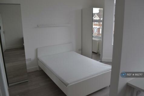 Mayfair Avenue, Ilford, IG1. 1 bedroom flat