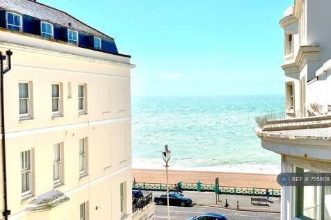 Beachfront & Parking Inc, Brighton, BN2. Studio flat