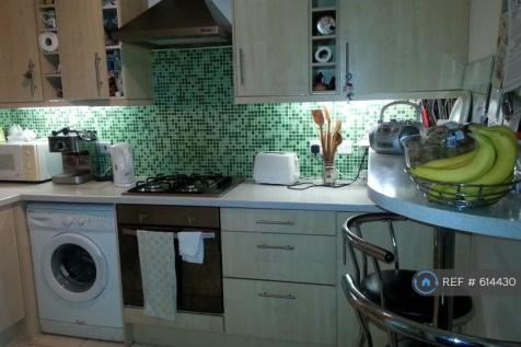 Sheen Road, Richmond, TW9. 4 bedroom flat share