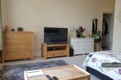 Berrylands Road, Surbiton, KT5. 1 bedroom flat