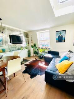 Lupus Street, London, SW1V. 2 bedroom penthouse