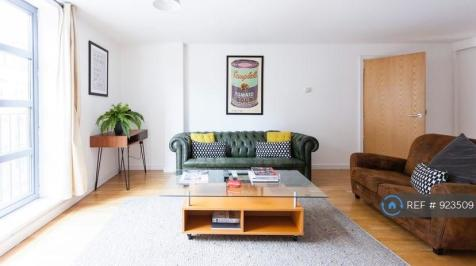 Batemans Row, London, EC2A. 2 bedroom flat