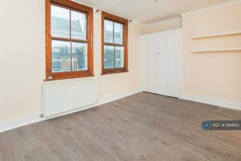 Fulham, London, W6. 1 bedroom flat