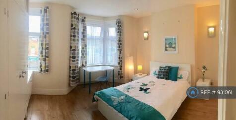 Rathfern Road, London, SE6. 4 bedroom house share
