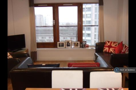 Campbell Road, London, E3. 2 bedroom flat