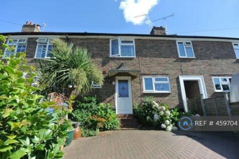Monument Road, Weybridge, KT13. 2 bedroom terraced house