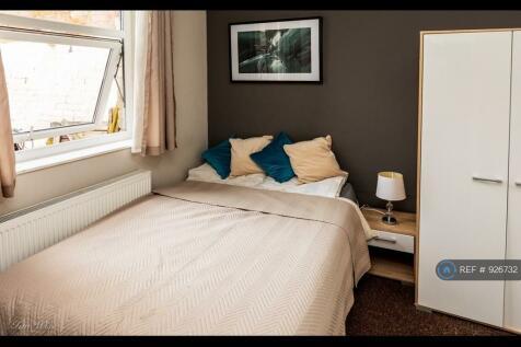 Gladstone Street, Scarborough, YO12. 7 bedroom house share