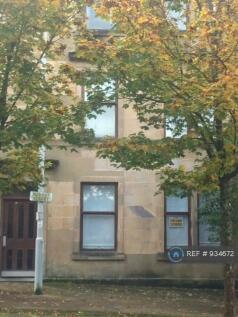 Robert Street, Port Glasgow, PA14. 2 bedroom flat