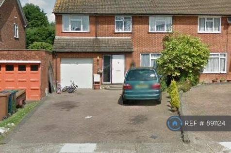 Honister Close, Stanmore, HA7. 4 bedroom semi-detached house