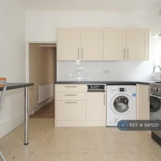 Catford, London, SE6. 2 bedroom flat