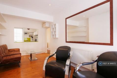 Streatham High Road, London, SW16. 1 bedroom flat