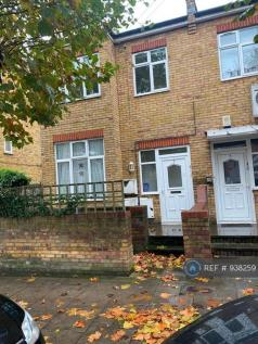 Knightland Road, London, E5. 1 bedroom flat