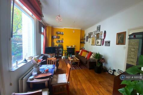 Manor Road, Beckenham, BR3. 2 bedroom flat