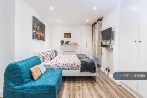 North End Road, London, W14. 1 bedroom flat