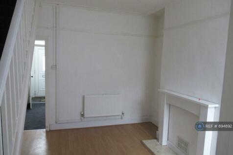 Wycherley Road, Birkenhead, CH42. 2 bedroom terraced house