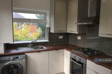 Moor Lane, Maidenhead, SL6. 2 bedroom maisonette