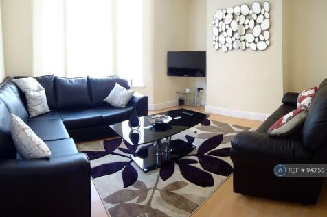 Cranborne Road, Liverpool, L15. 5 bedroom end of terrace house