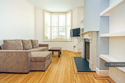 Annandale Road, London, W4. 1 bedroom flat