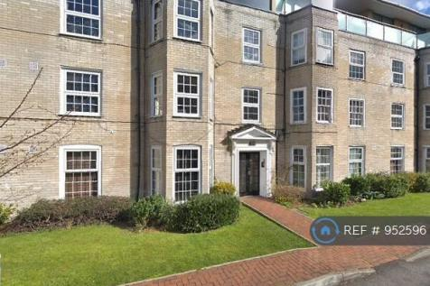 Malden Court, Raynes Park, KT3. 2 bedroom flat