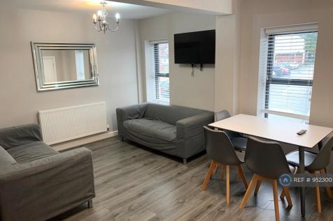 The Stiles, Ormskirk, L39. 4 bedroom flat
