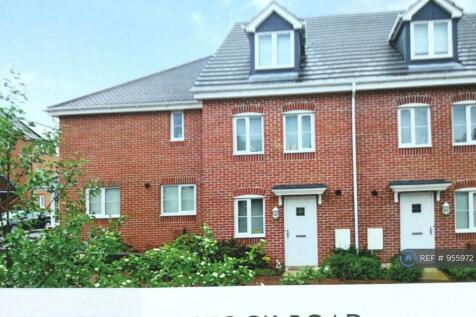Bostock Road, Chichester, PO19. 4 bedroom terraced house