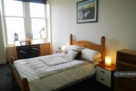 Maxwellton Street, Paisley, PA1. 2 bedroom flat share