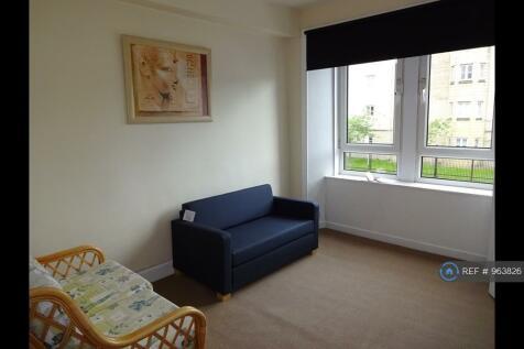 Maxwellton Street, Paisley, PA1. Studio flat