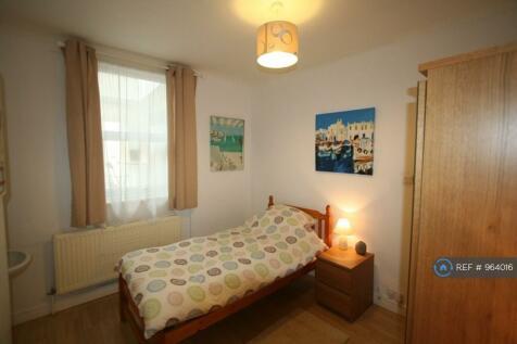 Swindon Road, Swindon, SN1. 5 bedroom house share