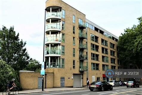 Chiswick High Road, London, W4. 1 bedroom flat