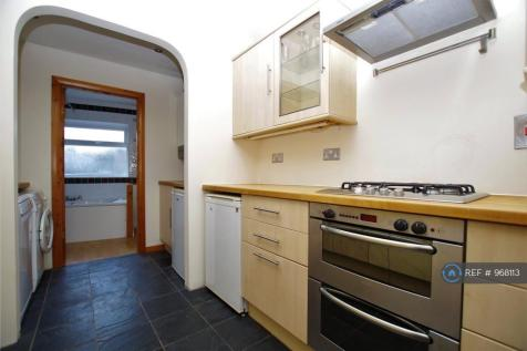 Swindon Road, Swindon, SN1. 2 bedroom terraced house