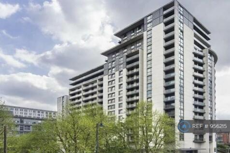 Centenary Plaza, Birmingham, B1. 1 bedroom flat