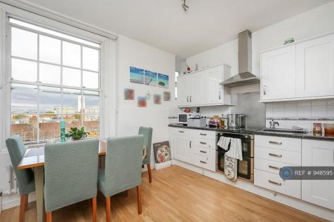 North End House, London, W14. 3 bedroom flat
