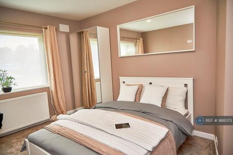 Warwick Road, Coventry, CV1. 3 bedroom flat