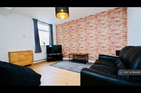Oxford Street, Middlesbrough, TS1. 4 bedroom terraced house
