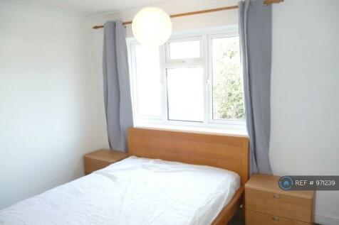 Coles Road, Milton, Cambridge, CB24. 2 bedroom flat share