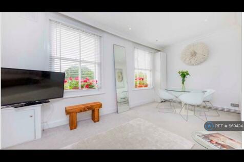 Ashmore Road, London , W9. 2 bedroom flat