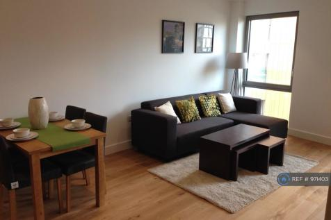 Bywell Place, London, E16. 2 bedroom flat