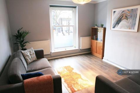 Malvern House, London, N16. 2 bedroom flat