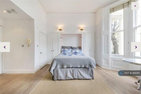 Sutherland Avenue, London, W9. Studio flat