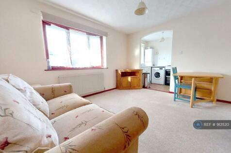 Berkeley Mews, Falmouth, TR11. 2 bedroom flat