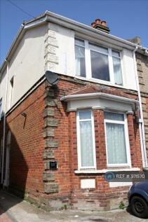 Lodge Road, Southampton, SO14. 3 bedroom semi-detached house