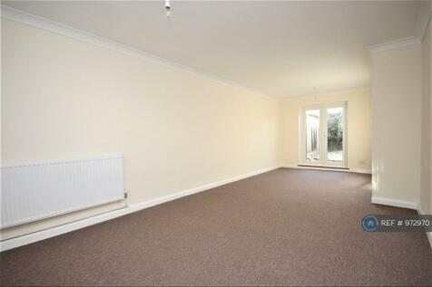 Rokells, Basildon, SS14. 3 bedroom terraced house