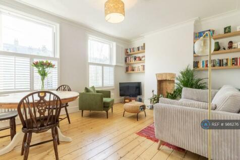 Littlewood, London, SE13. 2 bedroom flat